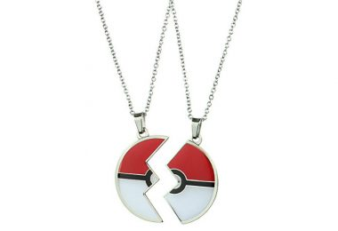 Pokemon Best Friend Necklace Zoomed In