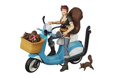 Marvel_Legends_Squirrel_Girl_on_Scooter