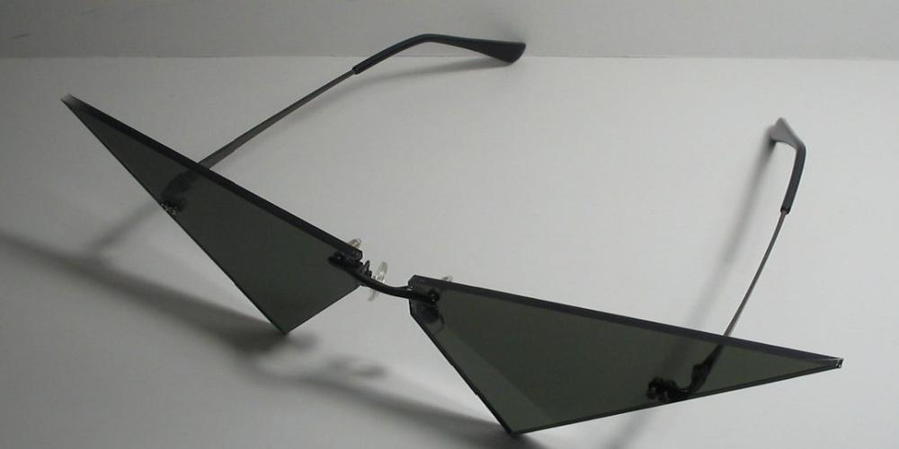 Akujinscos_Mini_V_Cosplay_Glasses