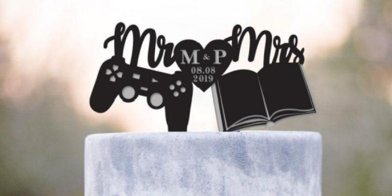 Game_Controller_Book_Worm_Wedding_Cake_Topper