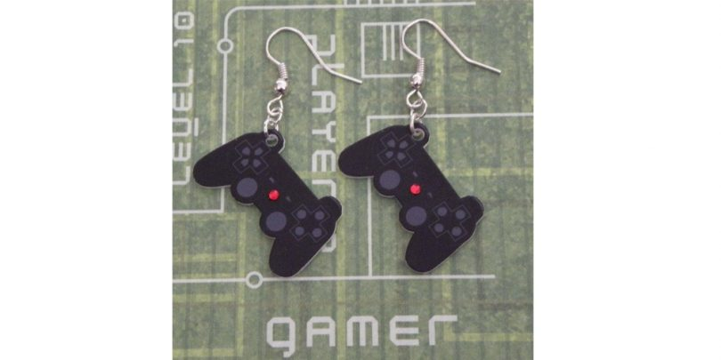 Gamer_Girl_Playstation_Controller_Earrings