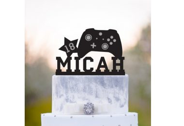 Gaming_Cake_Topper_Customizable