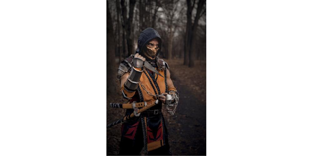 Scorpion_Mask_Mortal_Kombat_11_cosplay_replica