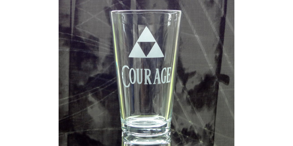 Triforce_of_Courage_Glass_Gaming