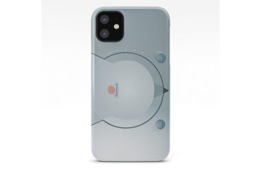 sega-dreamcast-console-artwork-iphone-case