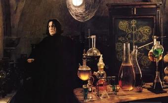 Sorcerers-Stone_Snape_with_Alchemy