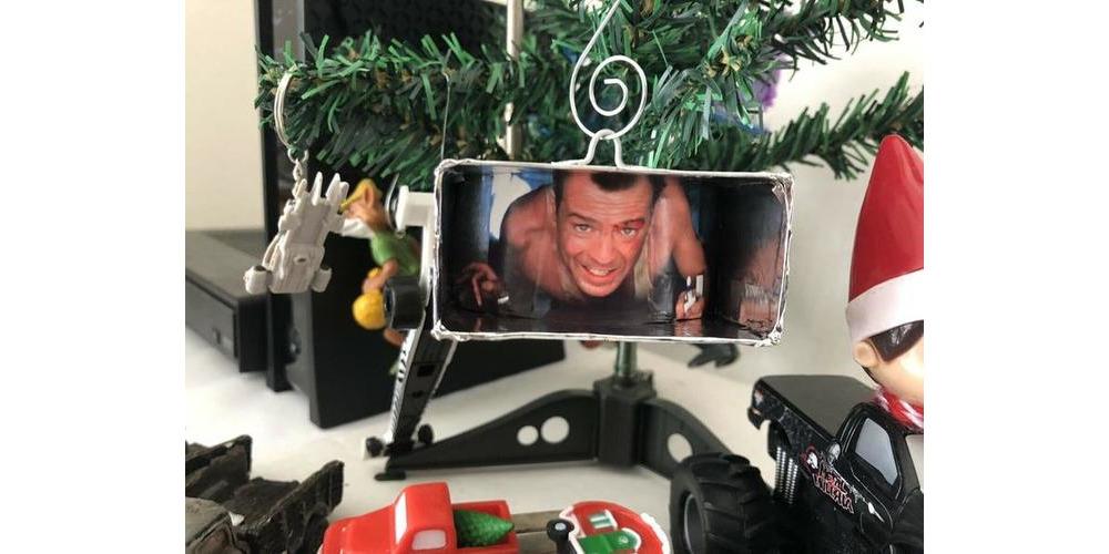 Die_Hard_Christmas_tree_ornament
