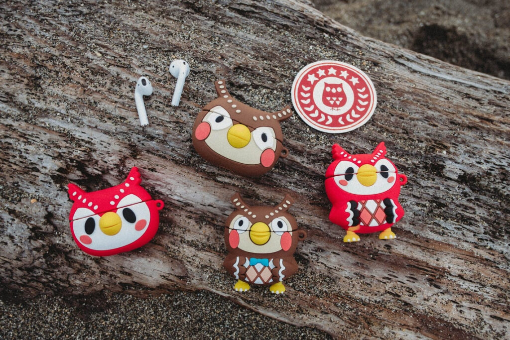 Blathers_and_Celeste_Airpod_Case_Cover