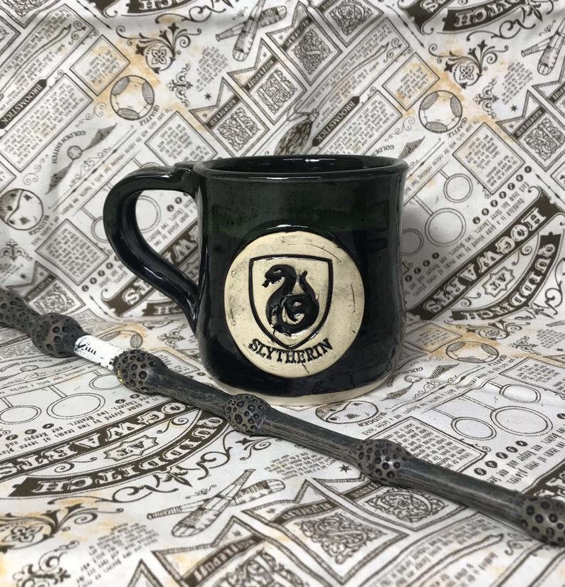 Handmade_Hogwarts_House_Mugs