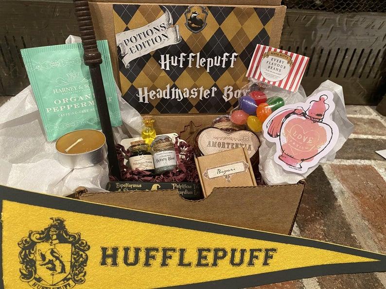 Hufflepuff_House_Welcome_Box