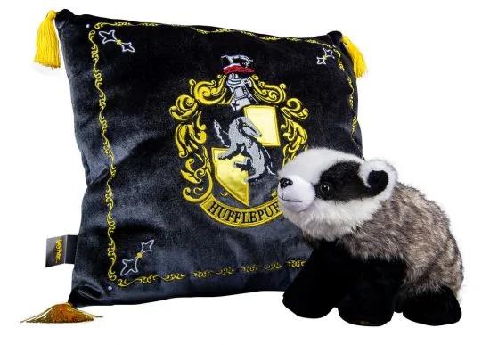 Hufflepuff_Mascot_and_Pillow